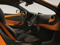06_McLaren-570S_NYlaunch-t